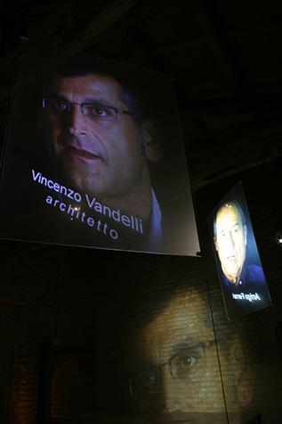 Proiezione video dell'architetto Vincenzo Vandelli