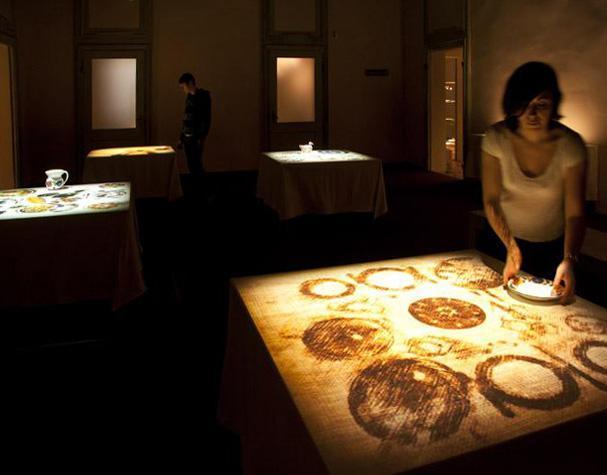 Tavoli interattivi al museo della ceramica di Mondovì