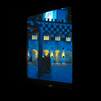 Scorcio di Parma medievale con portici