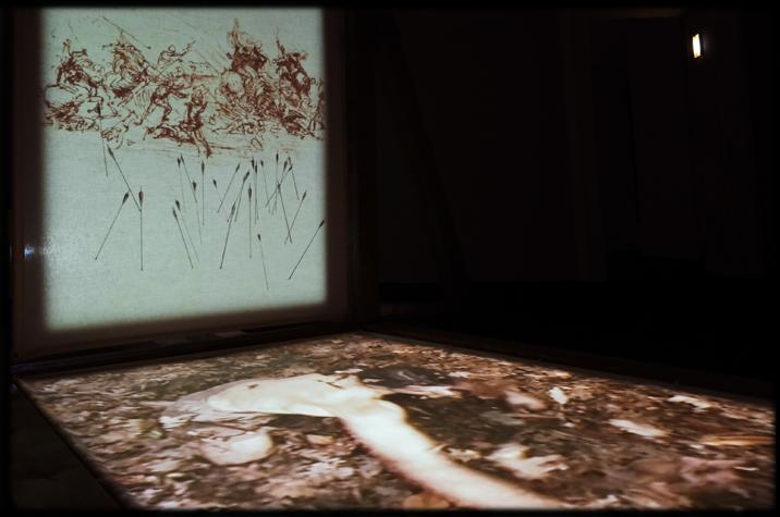 Proiezione con disegno di Leonardo di scena di guerra